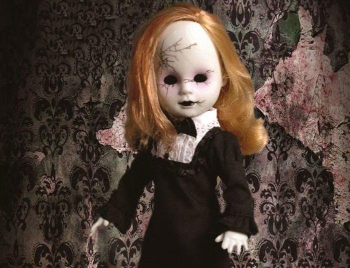"Living Dead Dolls ""Agatha"""