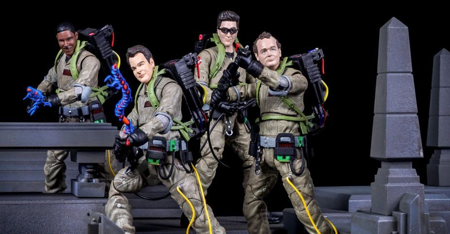 Check Out The Ghostbusters Select Rooftop Diorama