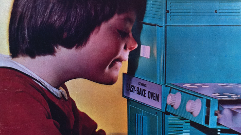 8 Things You Didn't Know About The Easy-Bake Oven
